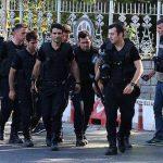 kuleli-onunde-polisler