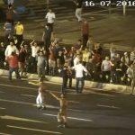 sarachanede-insanlar-toplaniyor