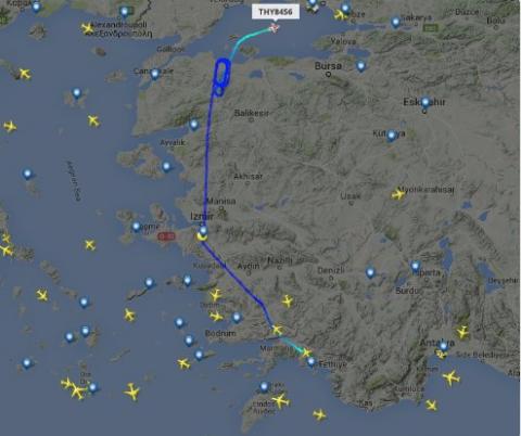 Erdoğan'ın uçağıyla Atatürk Havalimanı kulesi arasındaki görüşme