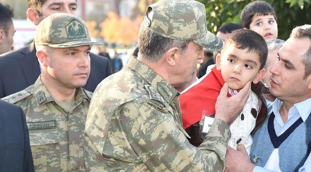 Hulusi Akar'ın Darbeci Emir Subayı Yarbay Levent Türkkan FETÖ Bağlantısını İfşa Etti