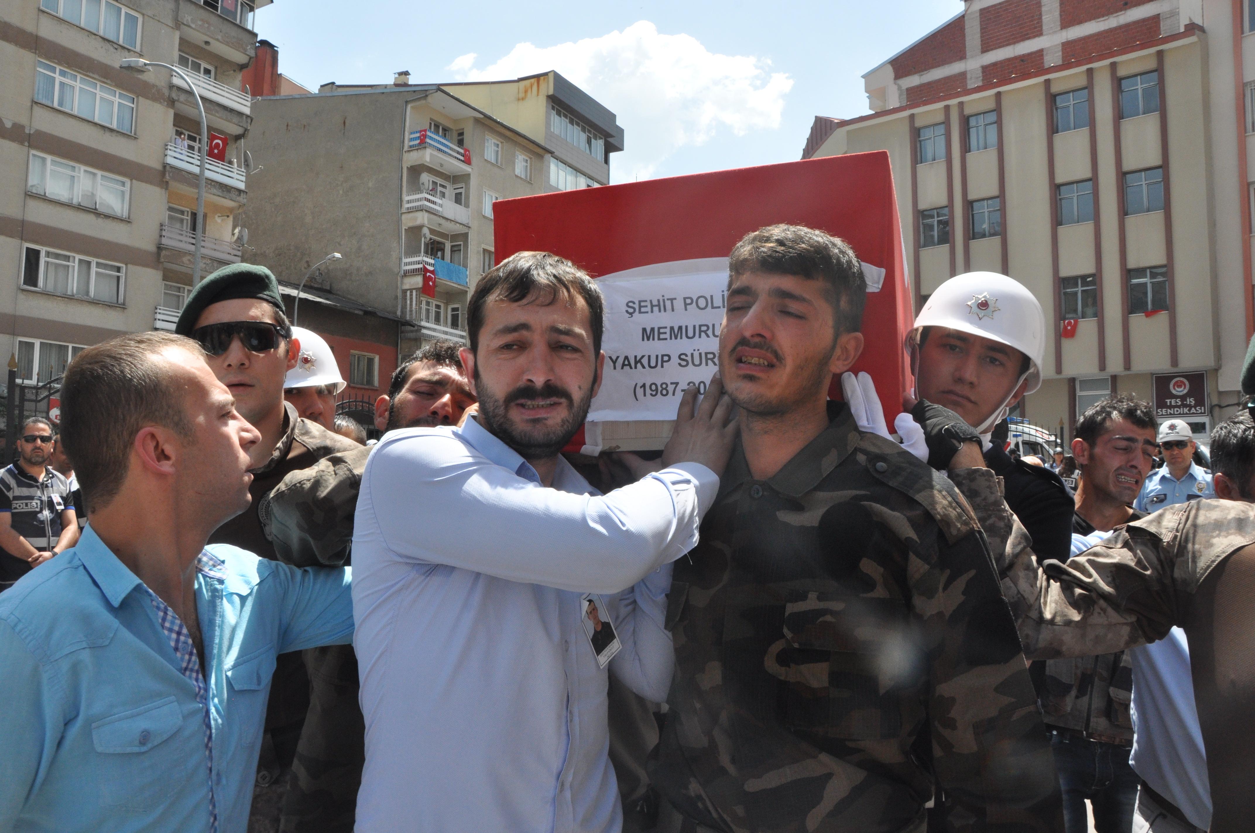 Şehit Yakup Sürücü'nün Kardeşi: Ben Bu Kurşunu Ağabeyimin İçinden Aldım